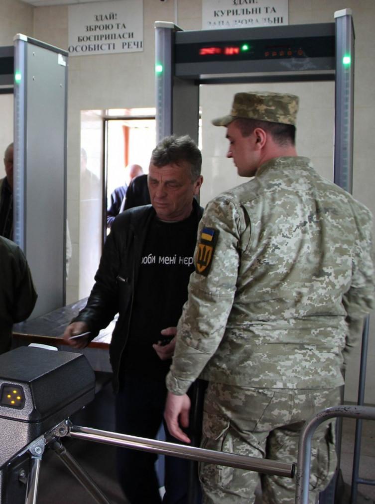 Калиновский арсенал получил трехуровневую систему охраны (фото), фото-2