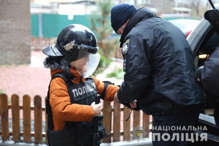 Полицейские Винниччины поздравили детей с праздником Николая (фото), фото-9