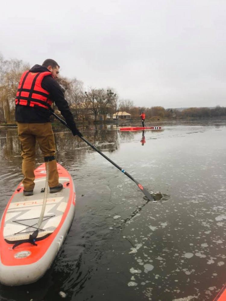 Винницкие САП-серфингисты искали лед на Южном Буге, фото-1